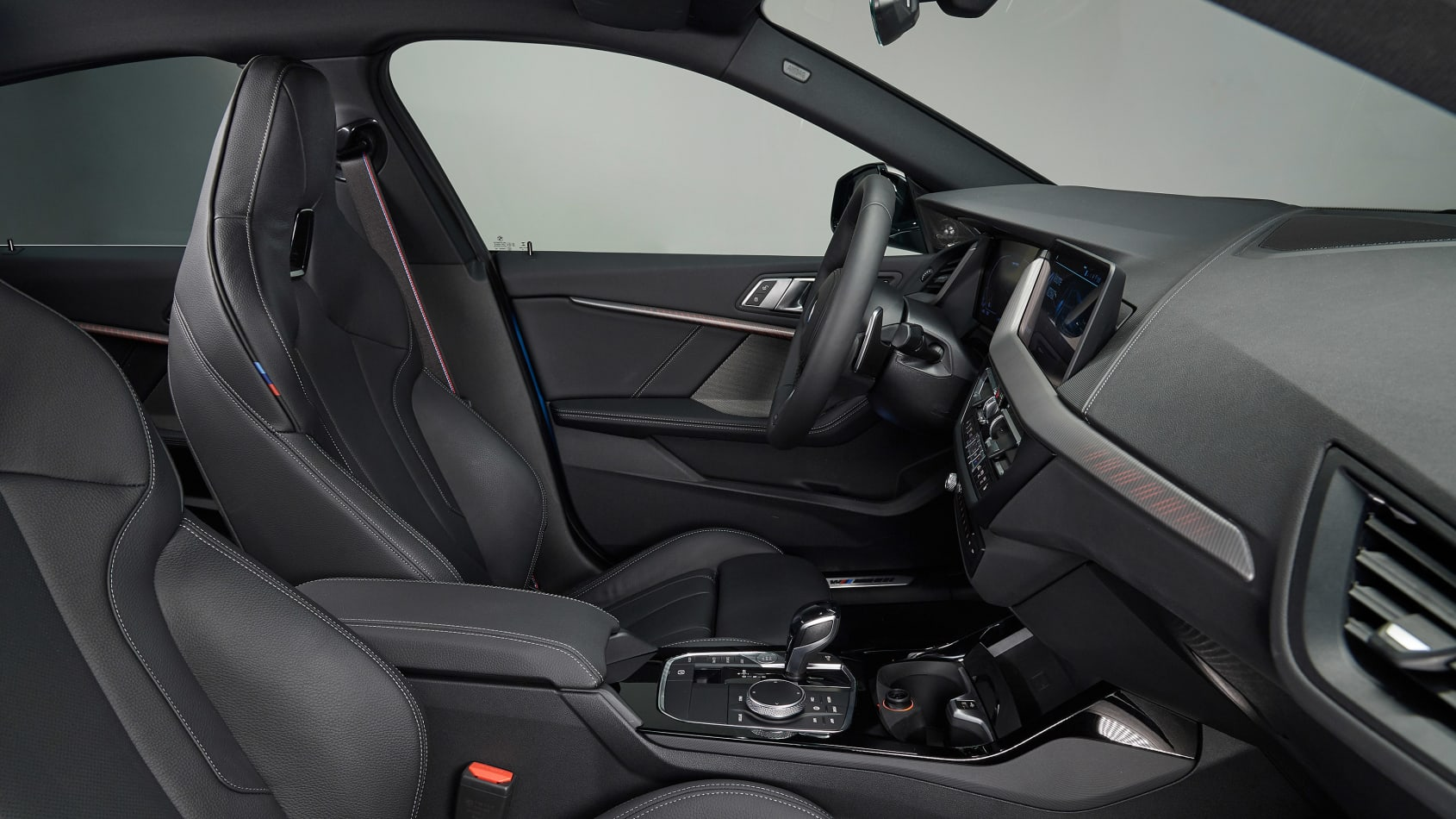 Name:  BMW 2-series Gran Coupe-9.jpg Views: 22599 Size:  187.0 KB